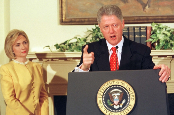 Bill_Clinton_1998